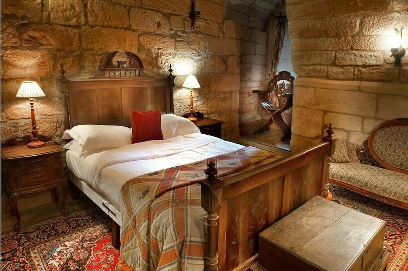 Жители замков часто предпочитали не вылезать из теплых постелей