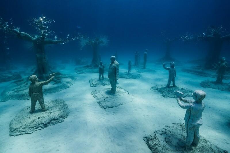14 фото первого подводного музея Кипра, который недавно достроили в Средиземном море