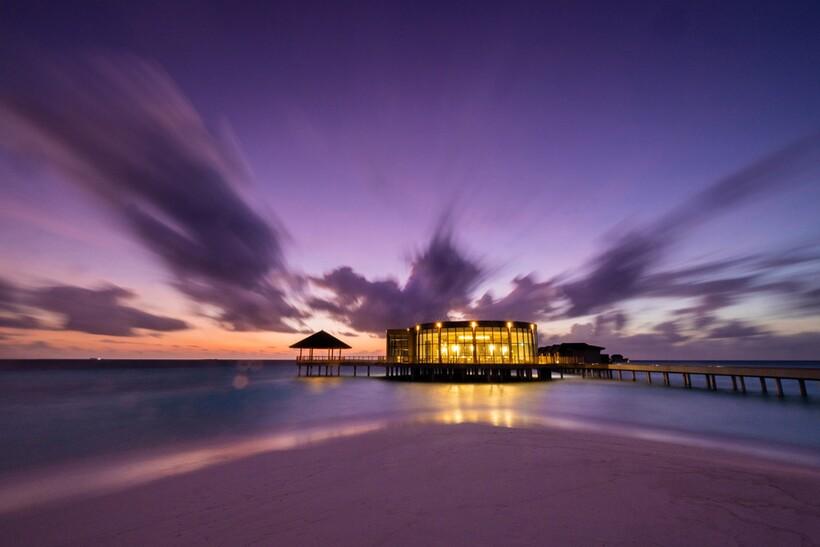 Наслаждайтесь жизнью в Le Mеridien Maldives Resort & Spa