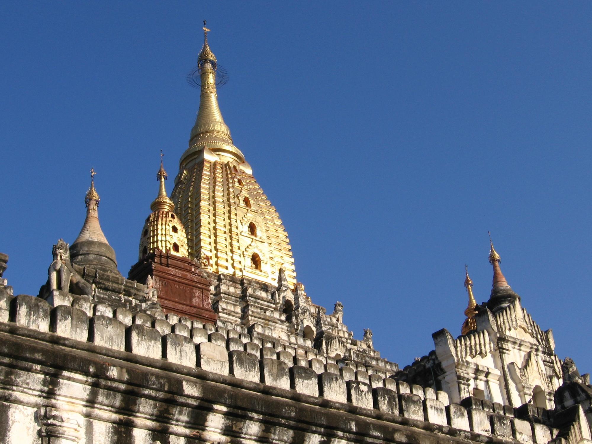Храм Ананда