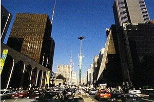 Улица Авеню Паулиста