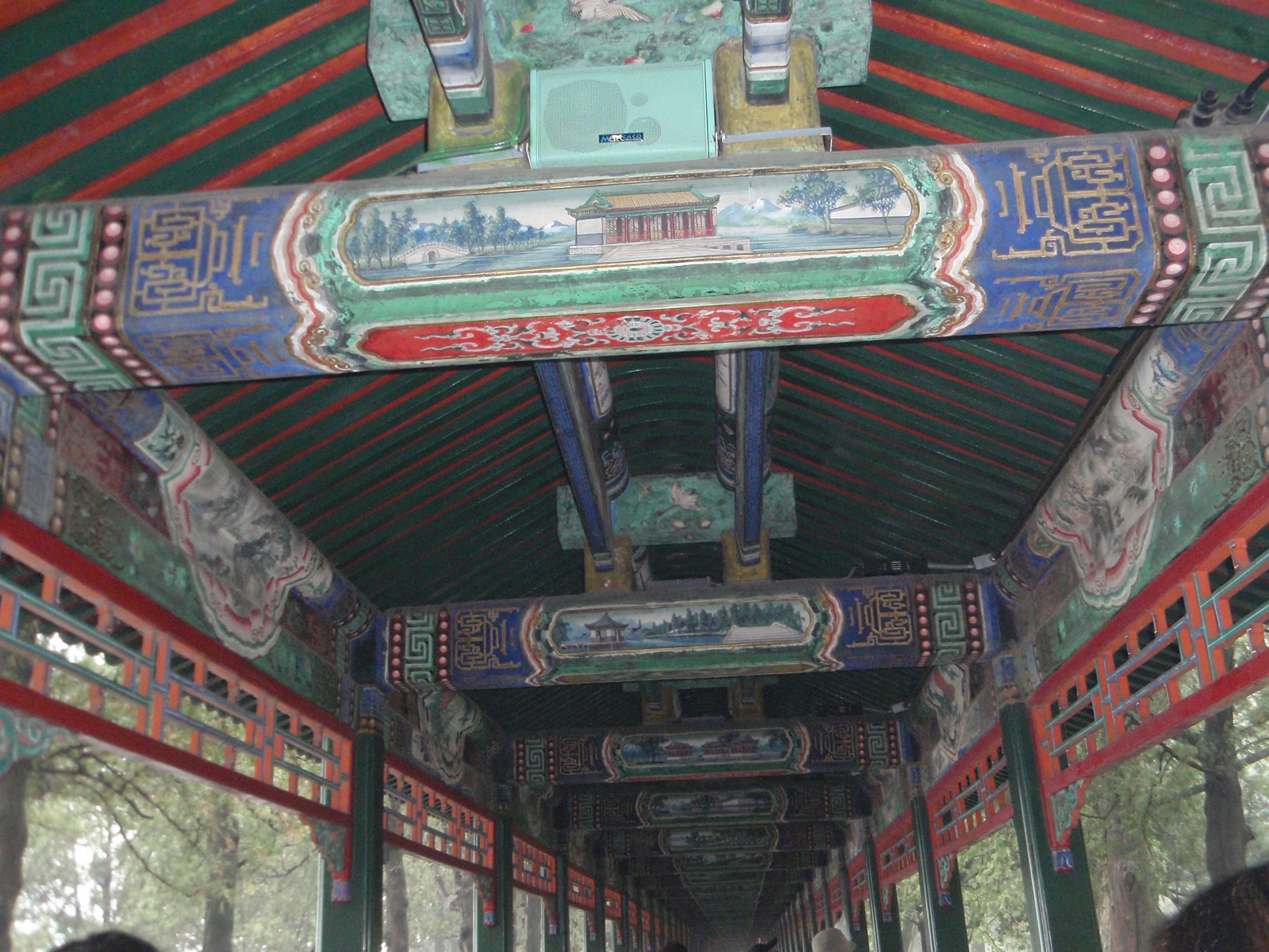 Длинный коридор в Летнем императорском дворце (Галерея Чанлан)