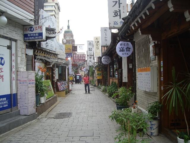 Улица Инсадонг