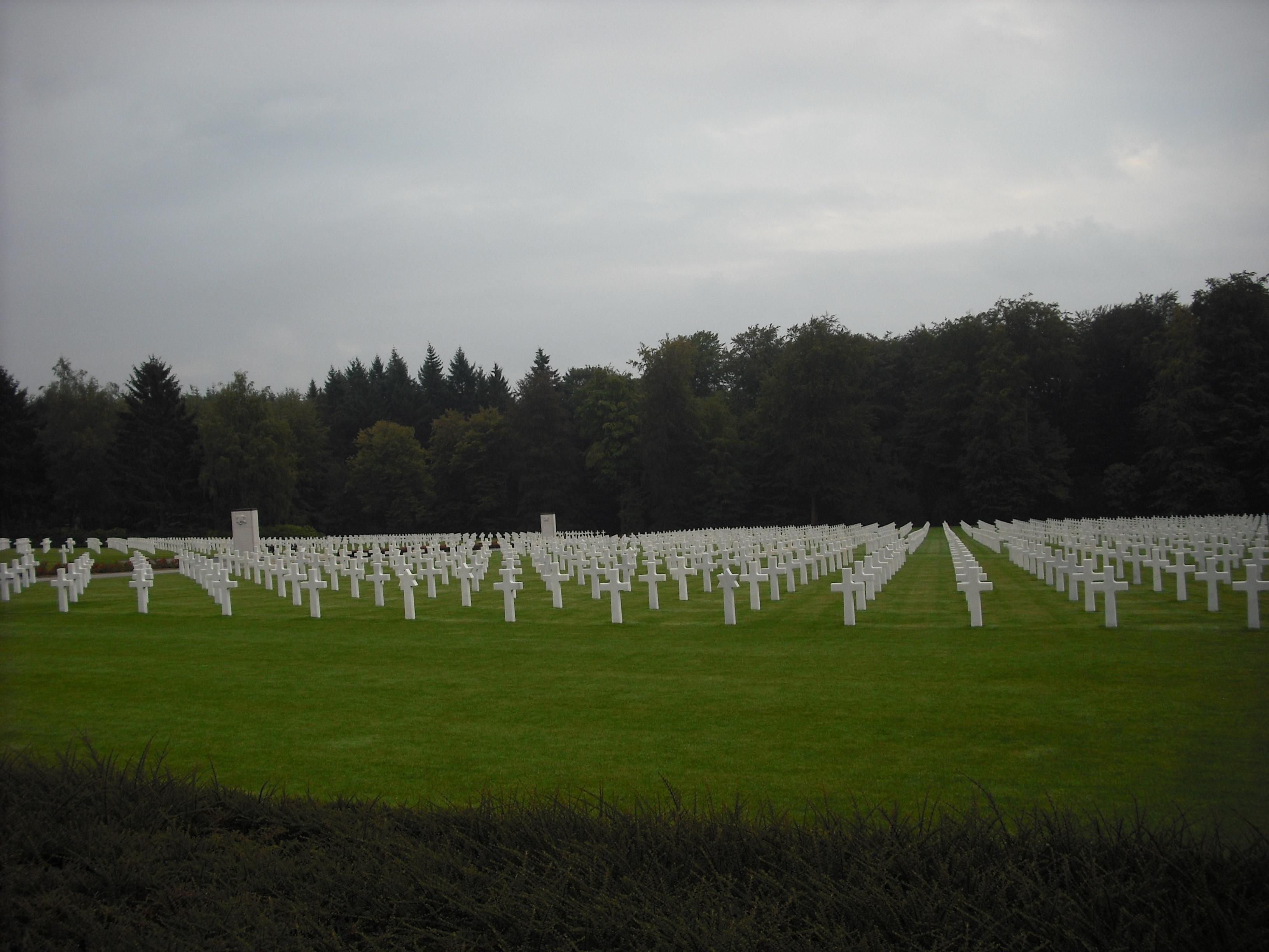 Люксембургскоеамериканское Кладбище и Мемориал