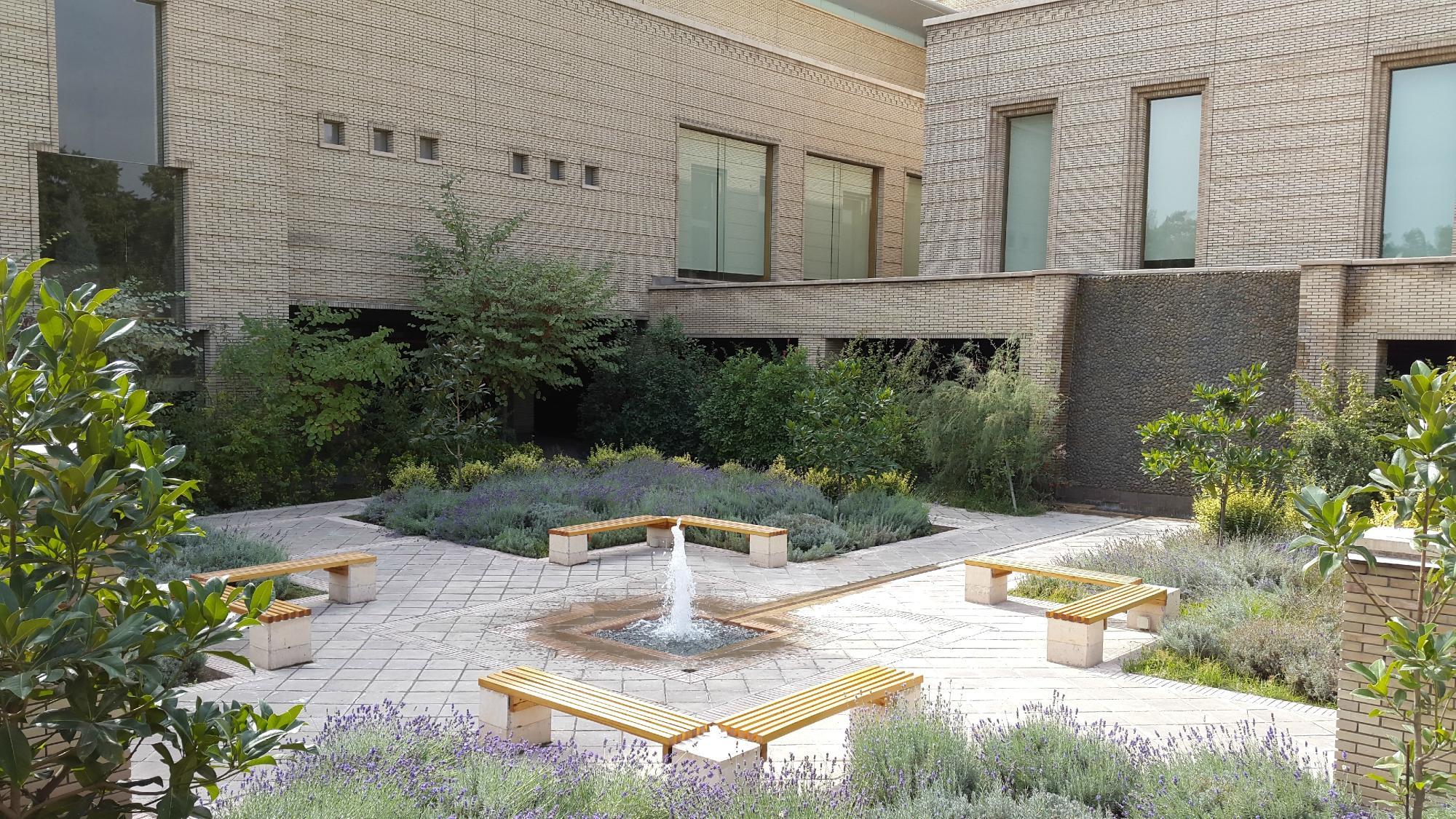 Исмаилитский центр в Душанбе