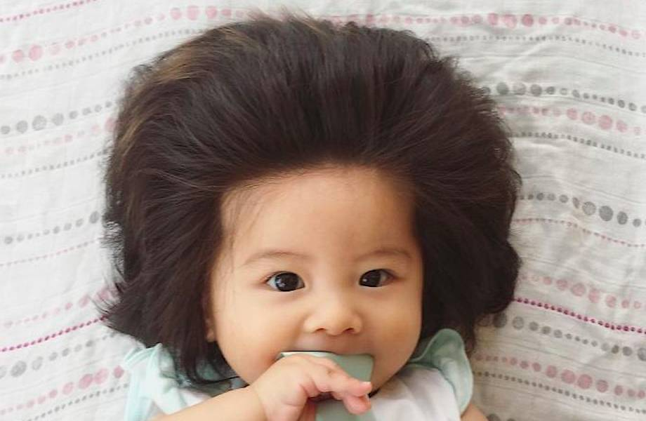 6-месячная девочка из Японии покорила сеть своими волосами