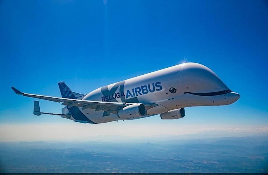Гигантский самолет Airbus, похожий на белуху, совершил первый полет