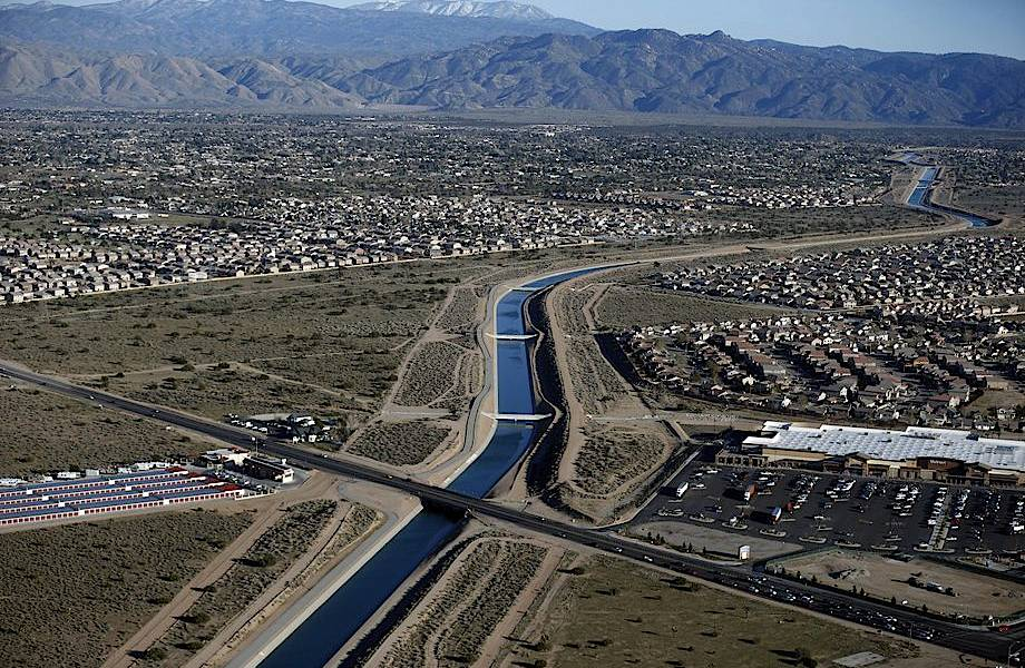 Калифорния проседает: в штате начались проблемы из-за выкачивания подземных вод