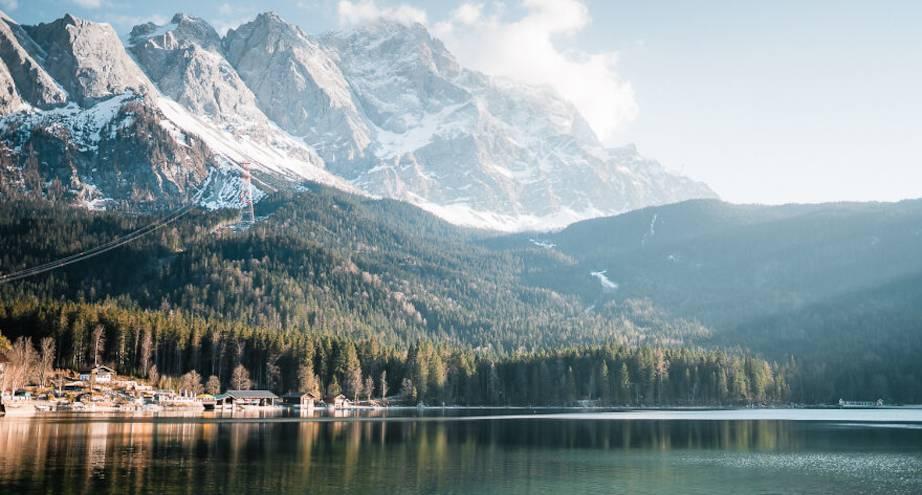 Фото дня: горное озеро в Германии