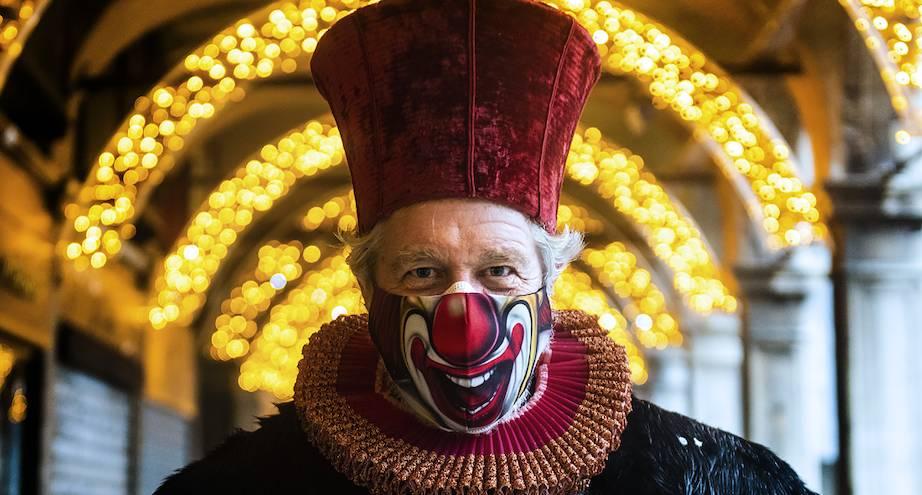 Фото дня: Венецианский карнавал в этом году онлайн