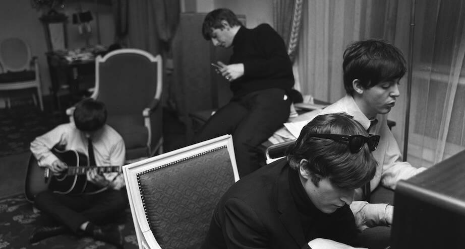 Фото дня: «Битлы» творят, 1964 год