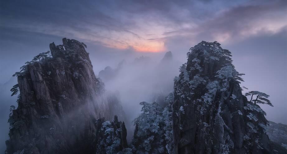Фото дня: туман над горами Китая