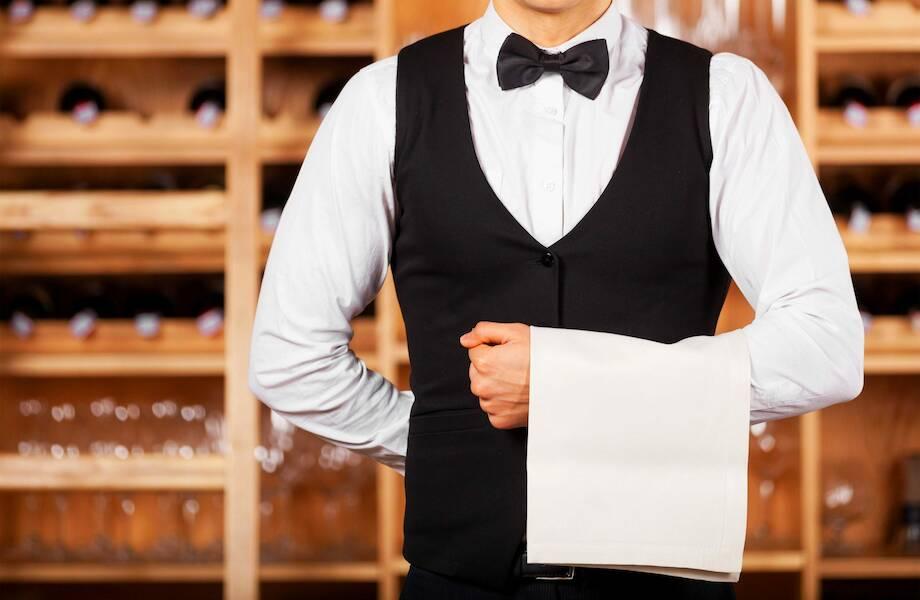 Сколько зарабатывают официанты в России, США и еще пяти странах