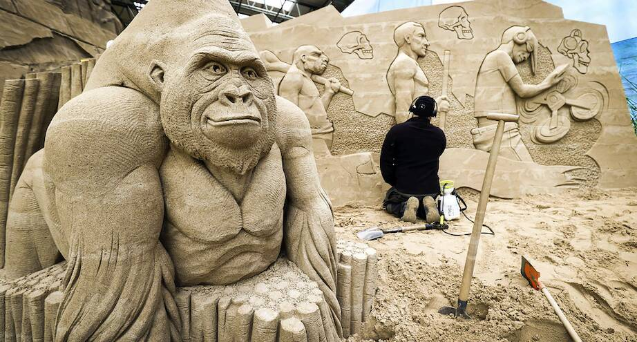 Фото дня: выставка песчаных фигур в Германии