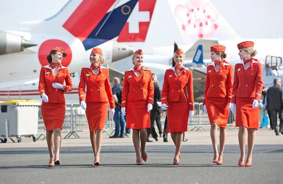 Сколько зарабатывают стюардессы, работающие на российских авиалиниях