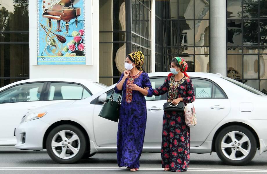 Запрет для женщин на вождение авто и другие странные ограничения в Туркменистане