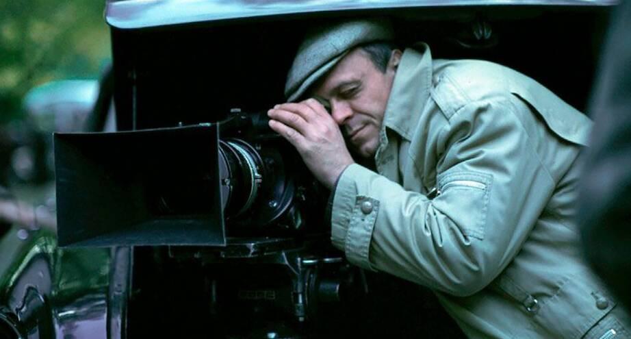 Фото дня: Владимир Меньшов на съемках фильма «Москва слезам не верит»