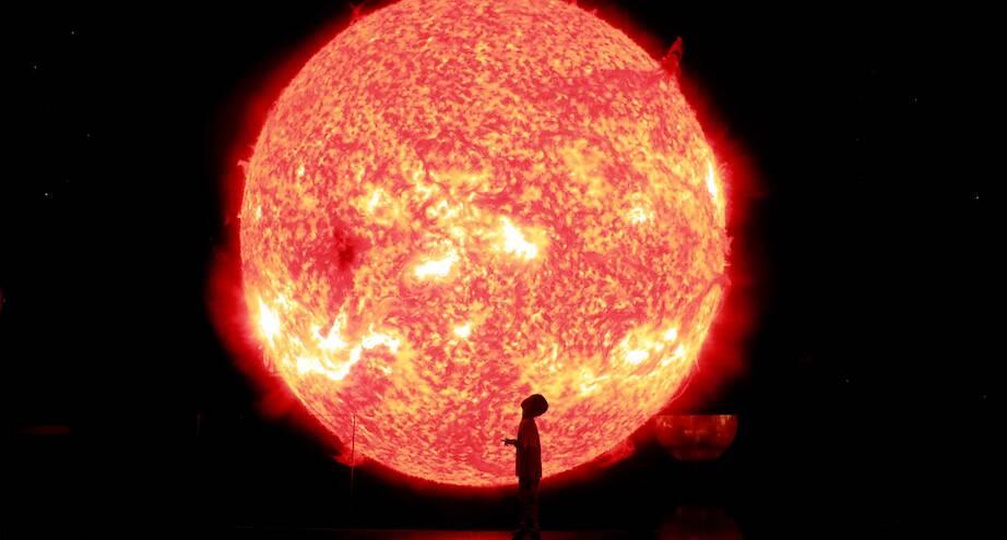 Фото дня: модель солнца в музее Шанхая