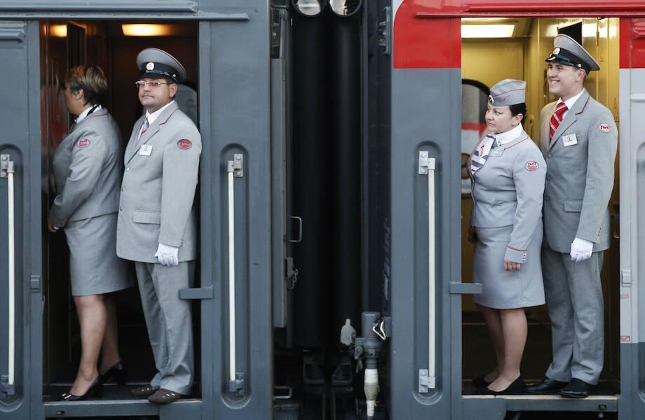 Сколько зарабатывают проводники поездов в России