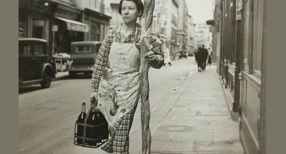 Фото дня: настоящая француженка, 1945 г.